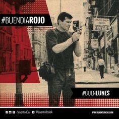#BuenDiaRojo! #BuenLunes!  Toriani filmando con su camára en las calles de Nueva York durante la gira de 1965.