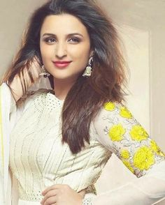 She's a gorgeous babe! Hasee Toh Phasee, Parneeti Chopra, Mahira Khan, Sonakshi Sinha, Priyanka Chopra, Bollywood Actress, Indian Actresses, White Dress, High Neck Dress