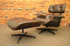 C. EAMES - LOUNGE CHAIR + OTTOMAN 670 + 671 - RIO PALISSANDER BROWN LEATHER - HERMAN MILLER, USA