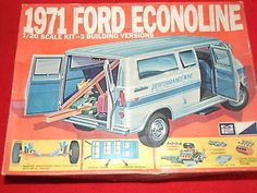 Vintage-1971-Ford-Econoline-1-20-scale-parts-Loaded-MPC