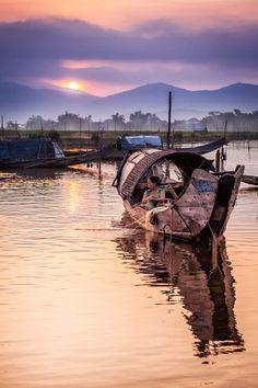 Sur les rives du lagon de Tam Giang au sud de Hué, par Sylvain Marcelle / Communauté GEO