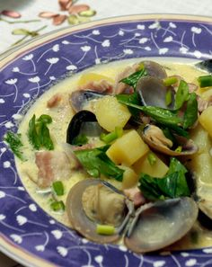 If you've never tried combining clams and bacon in a soup, it's time to make this clam chowder because the result is simply stupendous.