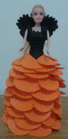 Boneca vestida em Eva , bonecas de qualidade e acabamento perfeito.
