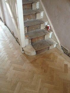 Unfinished Oak Parquet Flooring Herringbone Design