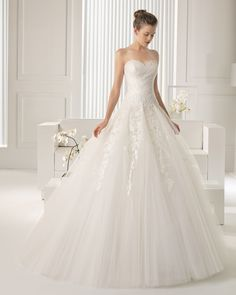 Rosa Clara Wedding Dresses 2015 Collection. To see more: http://www.modwedding.com/2014/07/18/rosa-clara-wedding-dresses-2015-collection-part-iii/ #wedding #weddings #wedding_dress