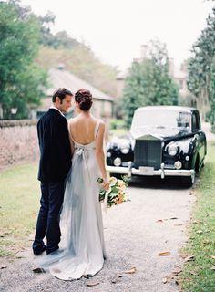 Elegant Outdoor Charleston Wedding at Fenwick Hall - Mundo de la boda Colored Wedding Dresses, Wedding Gowns, Wedding Attire, Wedding Photography Inspiration, Wedding Inspiration, Wedding Ideas, Wedding Transportation, Once Wed, Gray Weddings