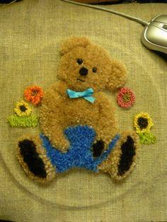Bem, vamos costurar este urso.