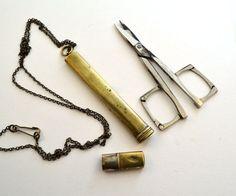 1920s sewing scissors pendant