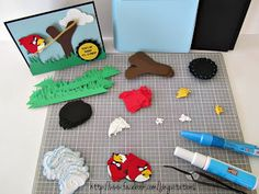 Jingvitations: Angry Birds Invitations, Banner, Goody bags / Party Favor, Cake Top