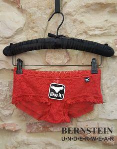 """ACHTUNG !!!! ....nicht vergessen morgen in der Silvester Nacht euere neue """" Glücks """" Unterwäsche zu tragen! Glück kann so einfach sein - Panty in """" Silvester """" rot 9,95€  Für alle die noch das passende für die Silvester Nacht benötigen - heute hat Bernstein Underwear bis 16:00 Uhr geöffnet. #bernstein_underwear #silvester #abendkleid #musthave #rote Unterwäsche #glück #bensheim #pictureoftheday #picoftheday #Korsett #einzelhandel #clubwear #Strümpf"""