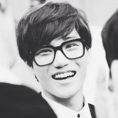 Kai so beautiful. The glasses definitely work