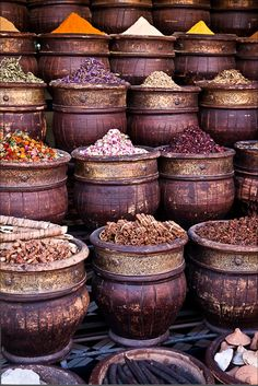 Once you get a spice in your home, you have it forever. Women never throw out spices. The Egyptians were buried with their spices. ~ Erma Bombeck / local spice stand in Marrakech, Morocco Style Marocain, Spices And Herbs, Moroccan Style, Moroccan Spices, Arabian Nights, Antique Stores, Pastel Decor, Farmers Market, Bon Appetit