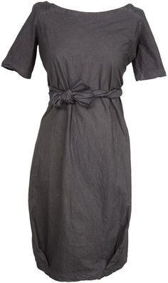 """suzy harper.  Longer sleeves, more a-line, and 2"""" Contrasting ribbon w ur color around waist w long bow at back instead"""