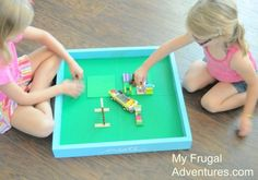 How to build a lego table/ tray (flip it over to play games, tuck it under the couch to stow in progress projects discretely) (lego tray floors) Lego For Kids, Diy For Kids, Crafts For Kids, Homemade Gifts, Diy Gifts, Lego Tray, Diy Table, Table Tray, Lego Storage