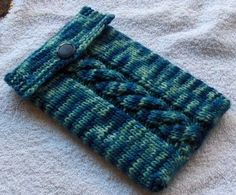 Free Knitting Pattern - Phone, Tablet & Laptop Covers: Nook Cozy