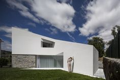 Taíde House by Rui Vieira Oliveira and Vasco Manuel Fernandes (9)