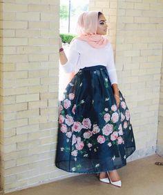 Bekijk deze Instagram-foto van @rumastyles • 1,659 vind-ik-leuks | Hijab Fashion | Pinned via nooralhuda.nl