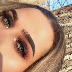 Best Ideas For Makeup Tutorials    Picture    Description  Easy Step By Step Tutorial, Ideas, and Pics for Eye Makeup.  Going For A Natural Look For Brown Eyes, Green Eyes, Blue Eyes, or Hazel Eyes?  Trying To Get That Cat Eye, Hooded Or Smokey Eye Makeup Look?  Try These Tutorials For Prom,... - #Makeup https://glamfashion.net/beauty/make-up/best-ideas-for-makeup-tutorials-easy-step-by-step-tutorial-ideas-and-pics-for-eye-makeup-going-for-a-natural/
