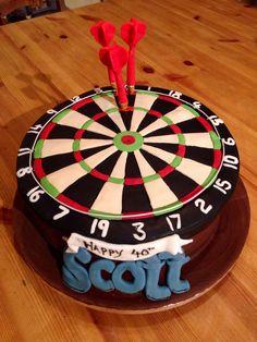 Dartboard cake Dartboard Birthday Cake, Dartboard Cake, Dartboard Ideas, 75th Birthday Parties, Birthday Cakes For Men, Men Birthday, Birthday Stuff, Cupcakes, Dart Board