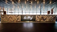 Autogrill Schweiz – Restaurant/Bar «Le Chef» Genf. Generalunternehmung by retailpartners ag. Restaurant Bar, Restaurant Design, Bar Design, Le Chef, Architecture, Photo Wall, Frame, Home Decor, Autos