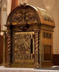 32 Best Catholic Tabernacle Images Catholic Eucharist