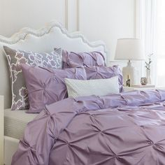 Combining soft tones with modern textures, the Valencia light purple duvet cover from Crane & Canopy looks chic, voluminous, and elegant. Lilac Bedding, Green Bedding, Bedding Decor, Purple Duvet, Chic Bedding, Purple Bedding Sets, Green Quilt, Purple Bed Sheets, Neutral Bedding
