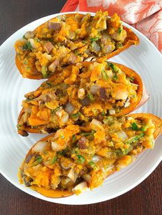 this is a great vegetable side dish with curry , spicy meats and jerk chicken These loaded sweet potatoes are loaded with filling veggies! Shredded zucchini, mushrooms, and onions give this dish huge flavor and will fill you right up! Loaded Sweet Potato, Sweet Potato Recipes, Vegan Stuffed Sweet Potato, Clean Eating Recipes, Healthy Eating, Cooking Recipes, Crockpot Recipes, Whole Food Recipes, Vegetarian Recipes