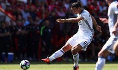 "Guardian sport บนทวิตเตอร์: ""Zlatan Ibrahimovic puts seal on Manchester United…"