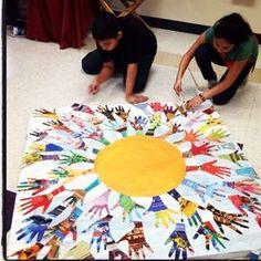 Kunst Grundschule - Just trace and cut from magazines, create your own mural. I love all the . : Kunst Grundschule - Just trace and cut from magazines, create your own mural. I love all the colors. Arte Elemental, Harmony Day, Class Art Projects, School Auction Projects, Group Projects, Auction Ideas, Collaborative Art Projects For Kids, Classe D'art, Preschool Art