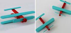 Avión con palitos de helado #manualidades Creative Crafts, Playground, Crafts For Kids, Children, Diy Ideas, Porta Velas, World, Craft Stick Crafts, Infant Crafts