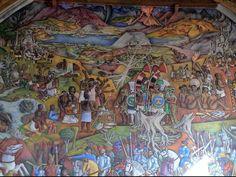 La Biblioteca Gertrudis Bocanegra. Antiguo templo de San Agustín,hoy Biblioteca pública.Se puede admirar el gran mural de Juan O'Gorman.