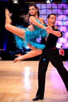 Picture of the Day. Ilya Reyzin & Viktoriya Tverskaya are breathtaking! #USDC14 #dancesport #rhythm
