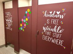 I want to have the students paint something like this as part of the Inspire Campaign. School Hallways, School Murals, Art School, School Bulletin Boards, School Classroom, Classroom Decor, Classroom Whiteboard, Bathroom Mural, Bathroom Stall