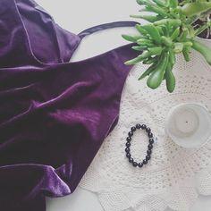 Welurowy dzień 😊 ☕ 👚👕🌱⛄❄ #instaphoto #takiczwartek #photostagram #clothes #instaclothes #welur #plant #soogood #mood #goodvibes #fashion #fashionstyle #sexystyle