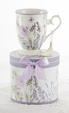 Gift Boxed Mug with Tassle - Lavender - Roses And Teacups
