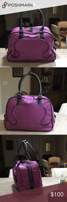 c6aba7ec EUC 🌈 Lululemon Bag🌈 EUC lululemon lavender bag. Loads of storage and zip  compartments