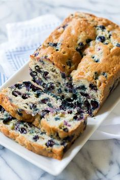 Loaded with blueberries, moist, and full of flavor, you will love this Blueberry Banana Bread recipe! It's easy and makes the BEST blueberry banana bread! The Best Blueberry Banana Bread Just Desserts, Delicious Desserts, Dessert Recipes, Yummy Food, Tasty, Dinner Recipes, Fruit Bread, Dessert Bread, Bread Food
