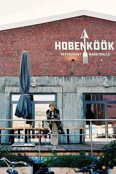 Hamburg tip – The Hobenköök market hall in the Oberhafen Hamburg, regional & sai … Disneyland Paris, Holiday Destinations, Travel Destinations, Market Hall, Hamburg Guide, Restaurant Hamburg, Barcelona Restaurants, Travel Tags, Hamburg Germany