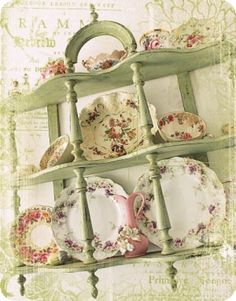 Sage green is one of the key colors for a shabby chic look. Pink Floral dishes are a strong accent for Shabby Chic Cottage Shabby Chic, Shabby Chic Mode, Shabby Chic Stil, Estilo Shabby Chic, Romantic Cottage, Shabby Chic Kitchen, Shabby Chic Decor, Cottage Style, Shabby Vintage