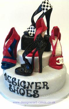Polka Dot designer shoe cake....can some one please make this my next birthday cake.