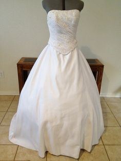 Preview advertisement recycled bride sundaysbridal pinterest preview advertisement recycled bride junglespirit Gallery