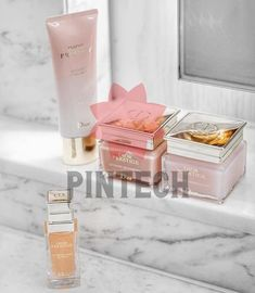 Dior Prestige Reinigung Hochgeladen Von Andreas Elisabeth Bild Freigegeben Durch Andrea Eine Elisabeth Finden Sie Bilder Dior Beauty Luxury Makeup Skin