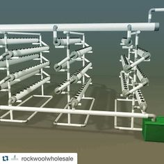 Repost shoutout to @rockwoolwholesale!  This is one of the coolest systems I've seen in a while.  PhotoCredit: @sembiersack  computer generated hydroponics system. throw in some rockwool and call it a day!!