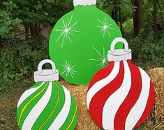 Christmas Tree Yard Stakes, Whoville Christmas Decorations, Large Outdoor Christmas Ornaments, Diy Christmas Yard Decorations, Grinch Decorations, Office Christmas, Christmas Wood, Christmas Projects, Etsy Christmas