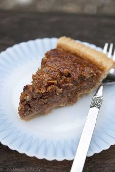 Clean Eating Pecan Pie - #holiday #thanksgiving #christmas