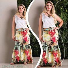 Simplesmente apaixonada por essa saia longa ❤ @carolinakellermaringa #modelo #modeloplussize #moda #modagg #curves #curvygirl #fe #foco #blindada #planos #catalogo #Deusnocomando #saia #saialonga #carolinakeller
