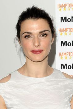 Rachel Weisz Lipgloss - Rachel Weisz looked super feminine and chic with glossy pink lips and dewy skin.