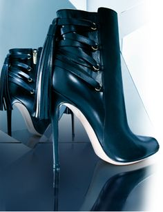 Gianvito Rossi's bondage booties...didn't say I wanted to play, just look like I do ;)