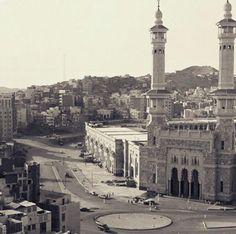 Masjidul Haram - 1390/1970. Islamic Images, Islamic Pictures, Islamic Art, Islamic Messages, Mecca Madinah, Mecca Kaaba, Medina Saudi Arabia, Masjid Haram, History Of Islam