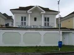 Resultado de imagem para fachadas antigas de casas